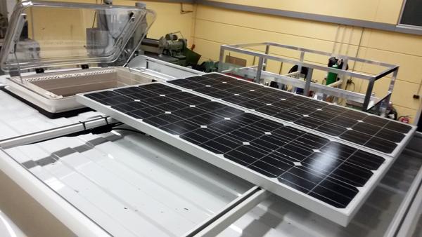 Die fertig montierten Solarmodule