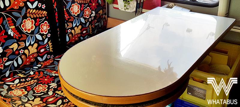 Wir bekleben unseren Tisch im Wohnmobil mit d c fix